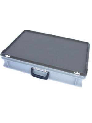 Storage case including inlay 600